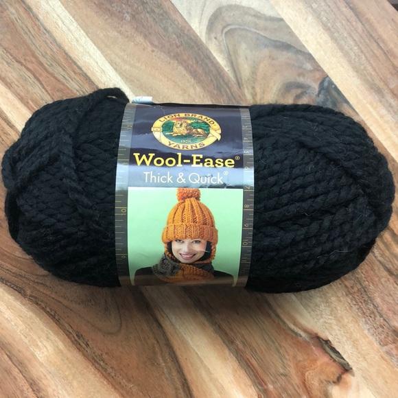 Lion brand thick & quick yarn